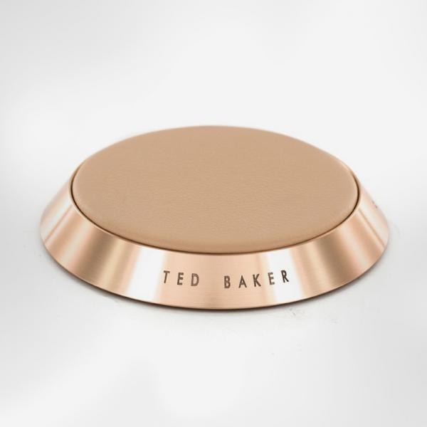 Δερμάτινος Qi Ασύρματος Φορτιστής από την Ted Baker connecTED συλλογή
