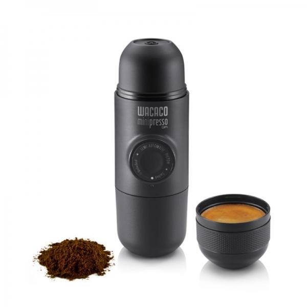 Φορητή μηχανή espresso Minipresso GR από τη WACACO